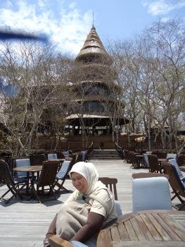 Bali Tower... Rasamya gak seperti di Indonesia yaaa...