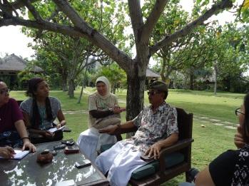 Mendengar Bapak I Gusti Agung Prana berbagi pengalamannya...