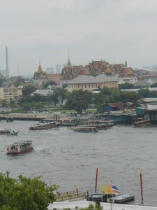 Chao Phraya....  and Watt Pho as background...